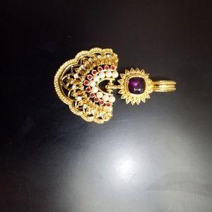 Necklace  pendant  broch ehancer
